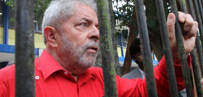 Quanto tempo Lula ficará preso na sede da PF em Curitiba?