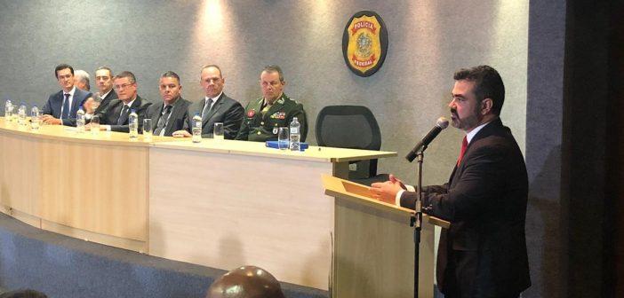 Delegado Luciano Flores tomou posse como Superintendente da Polícia Federal no Paraná